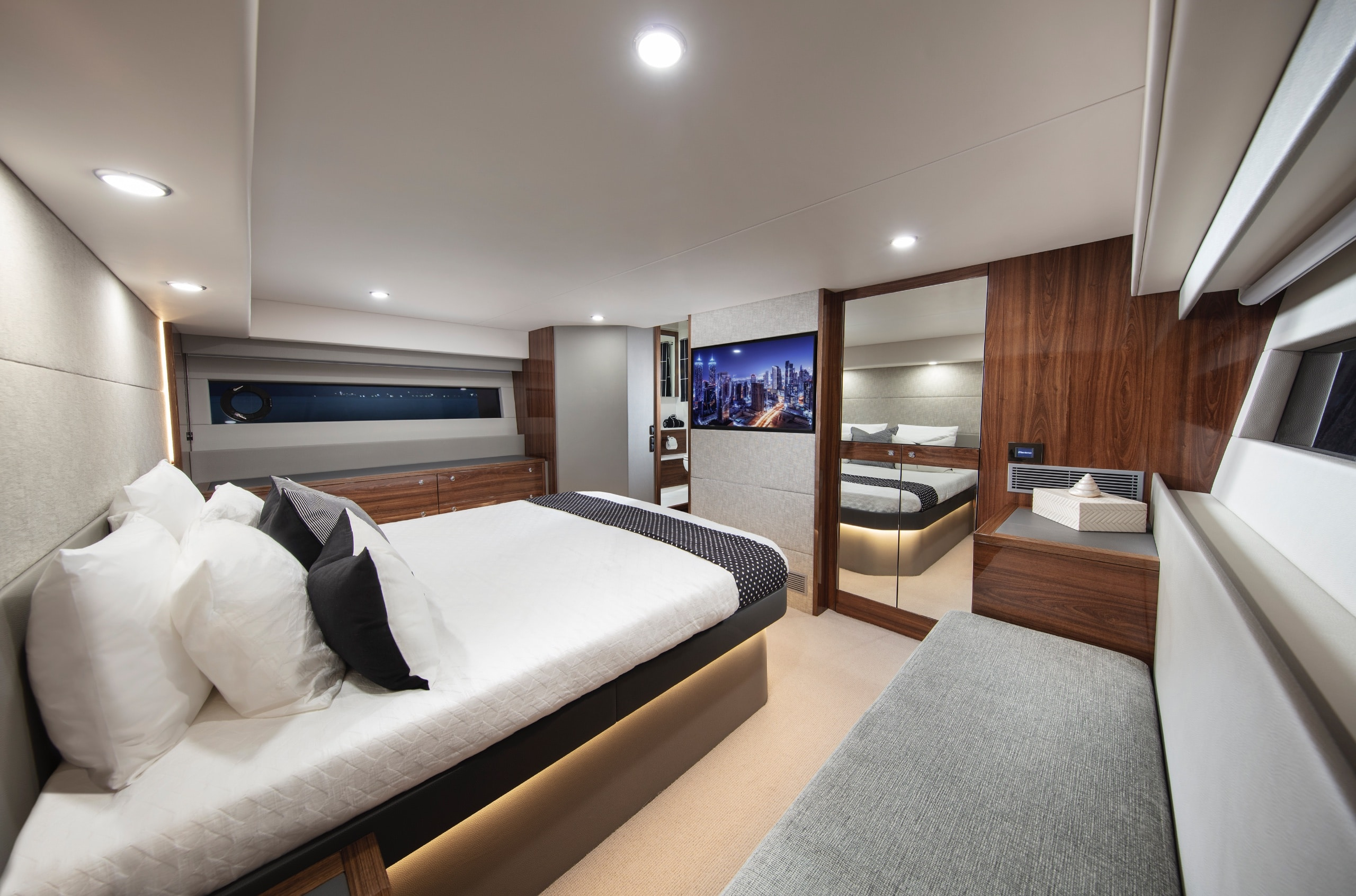 Master suite onboard the new M55 Flybridge from Maritimo