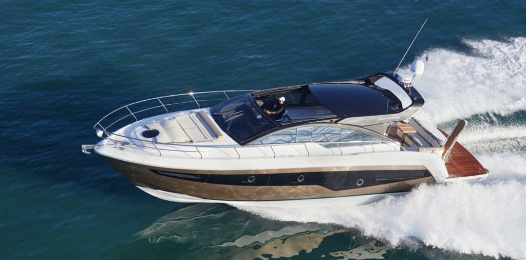 Schaefer 510 Sport Pininfarina Cruising and pictured from the left side