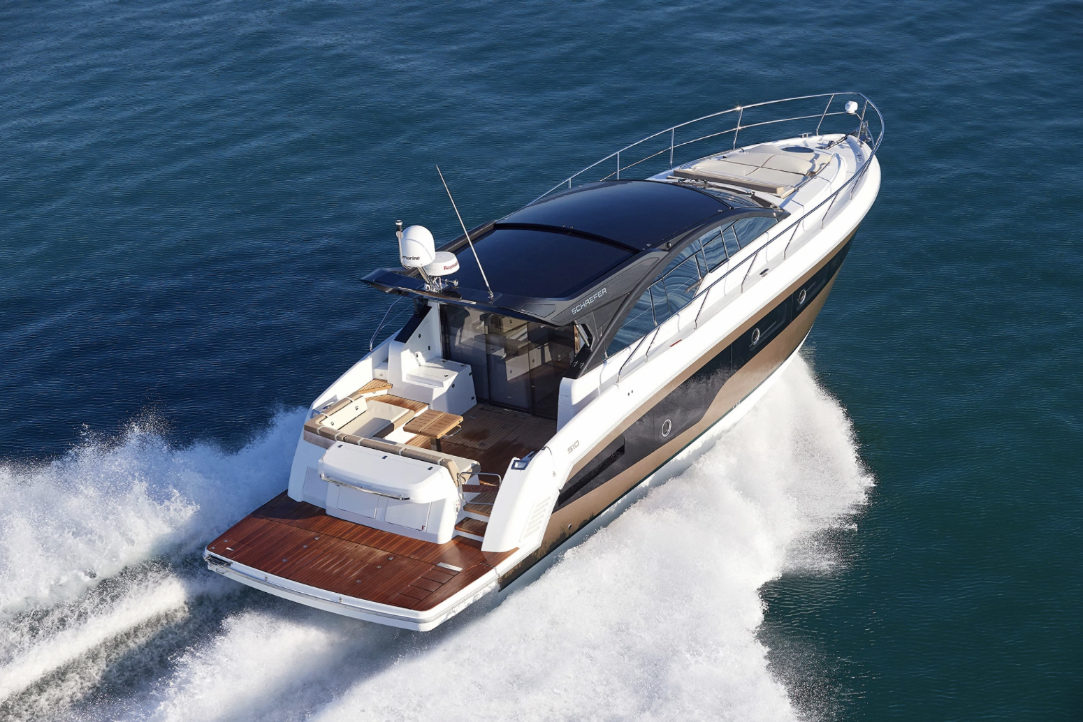 Schaefer 510 Sports Pininfarina pictured cruising from behind