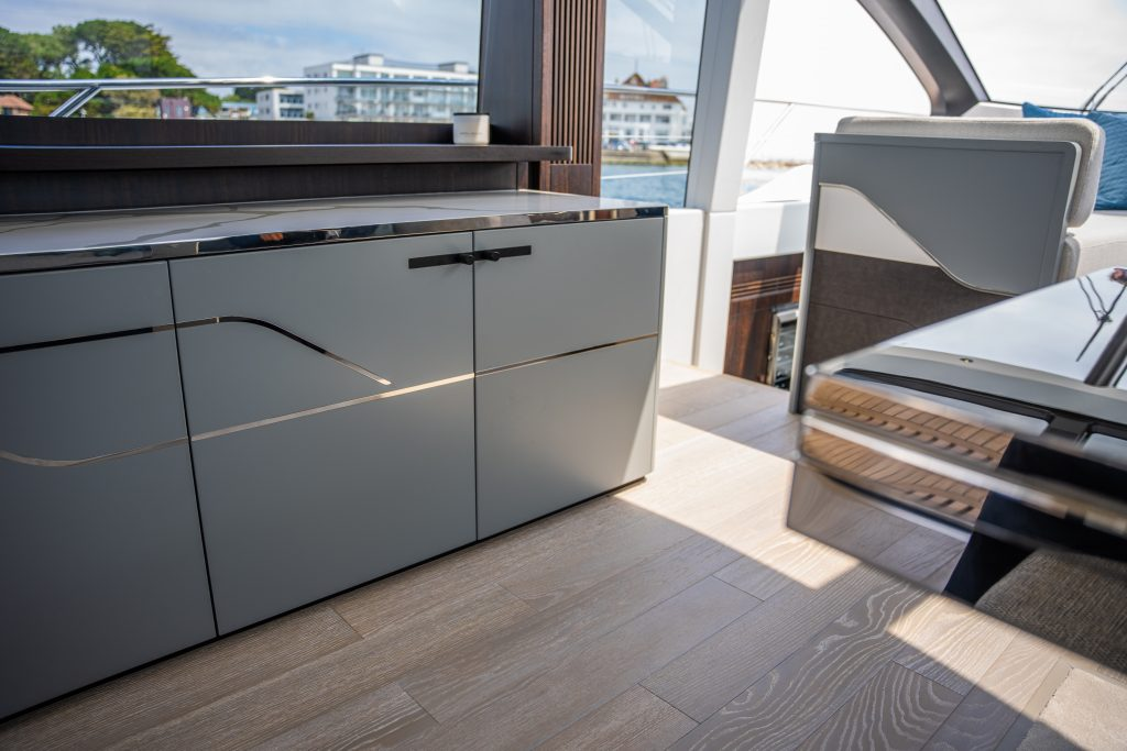 different interior angle of the Sunseeker 74 XPS