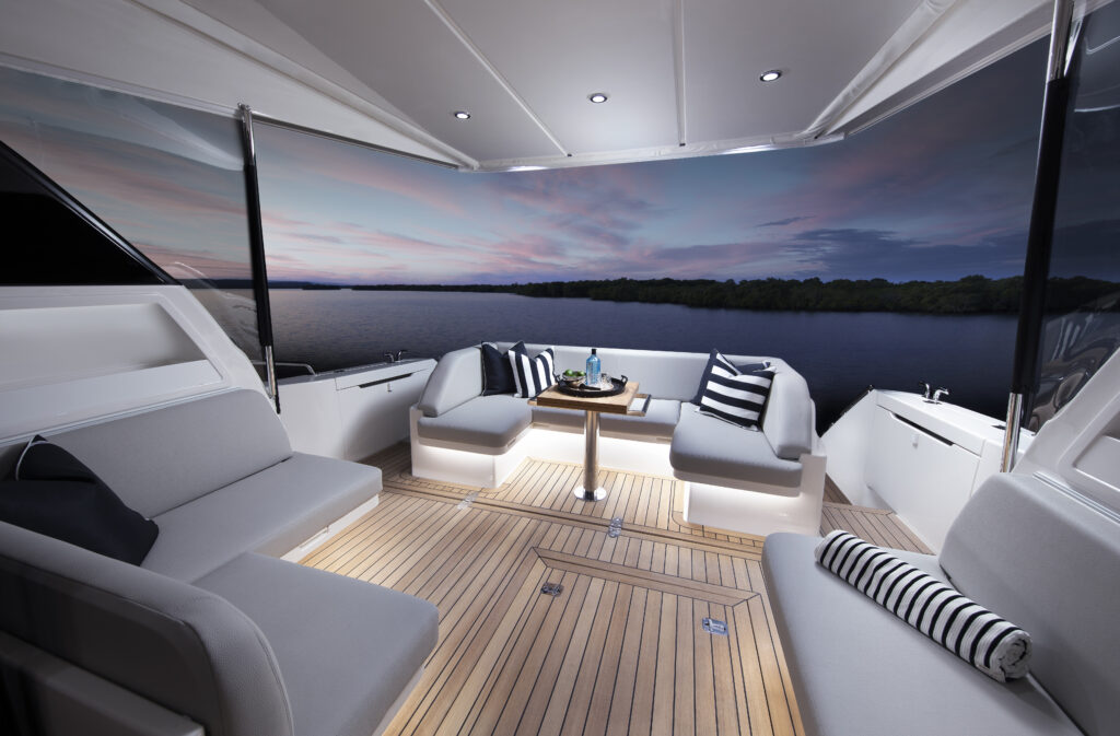 outdoor dining area onboard the Maritimo S55