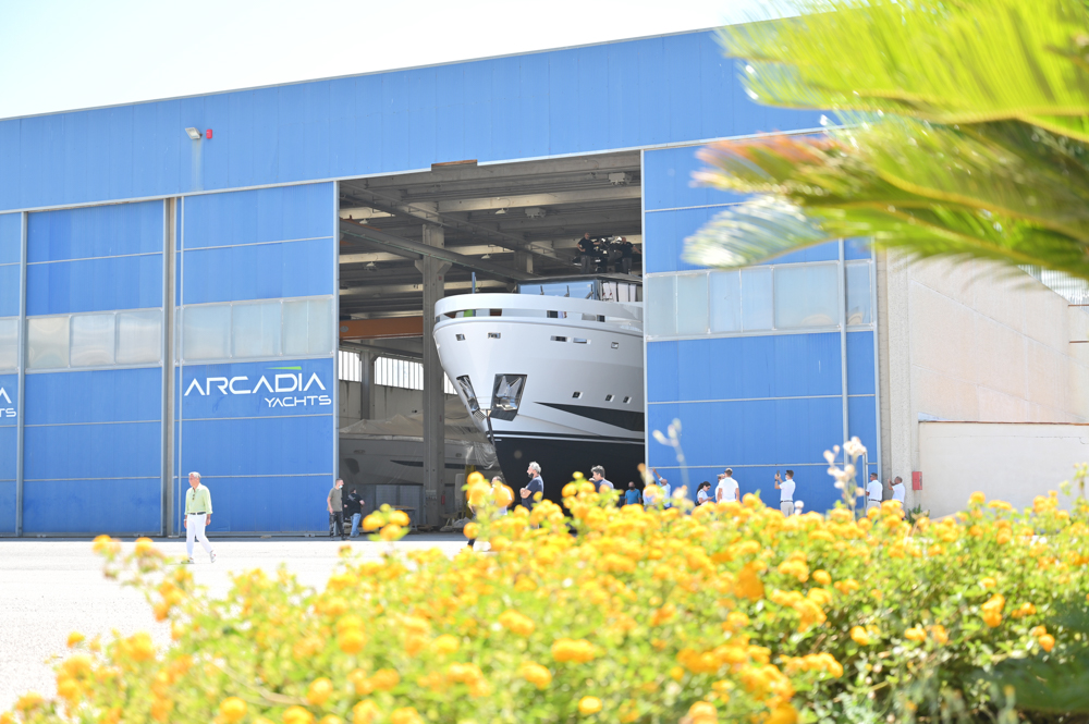 A115 leaving Arcadia shipyard
