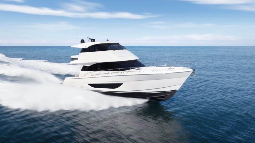 maritimo m55 pictured cruising