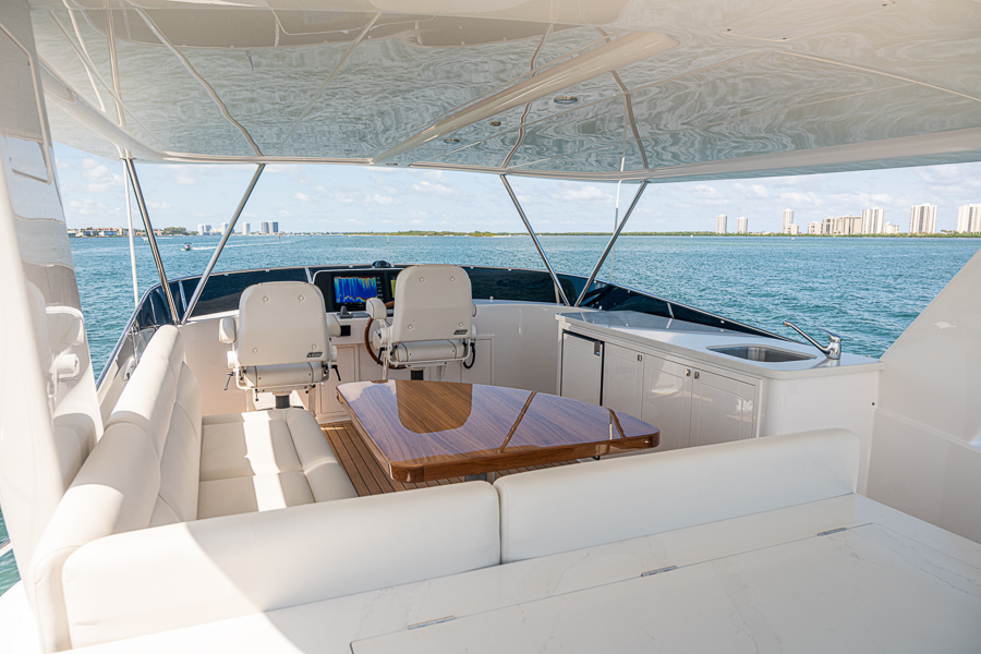 cockpit onboard GB54