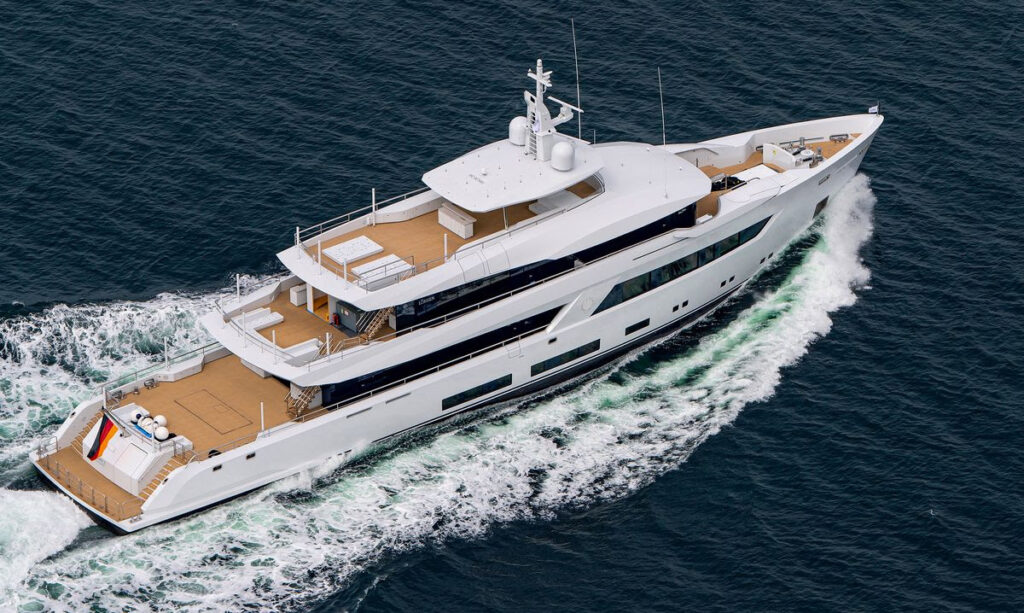 Lurssen project 13800 cruising from above