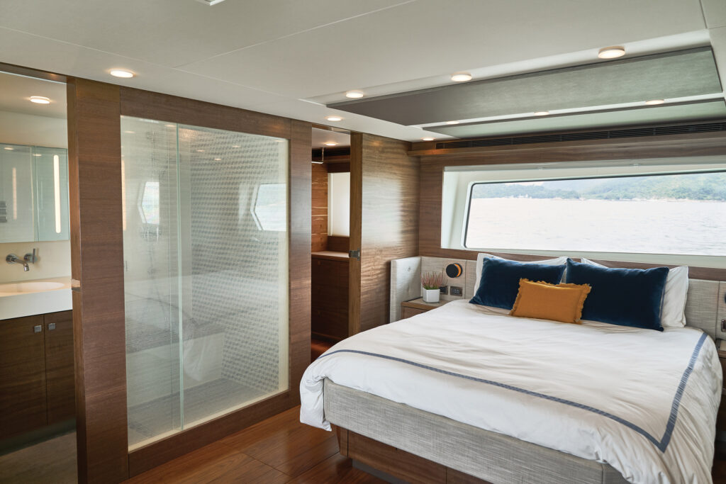 Master suite onboard CLB72