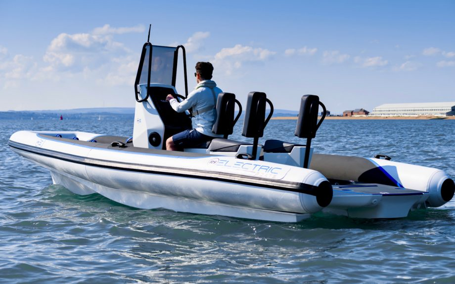 RS Pulse 63 pictured cruising from the side