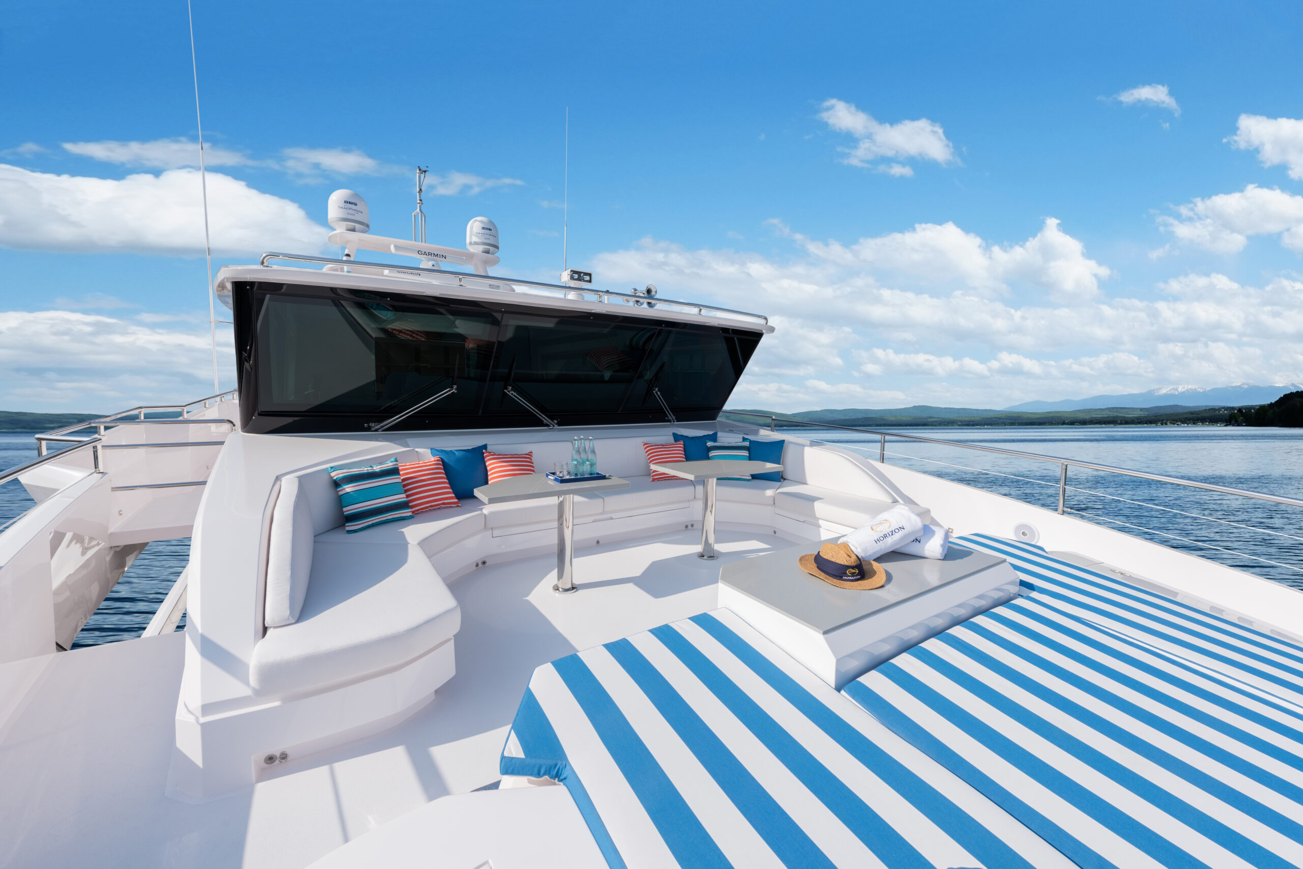 outdoor relaxation area onboard Horizon FD Series