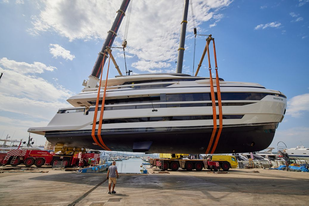 Extra Yachts X96 Triplex being launched