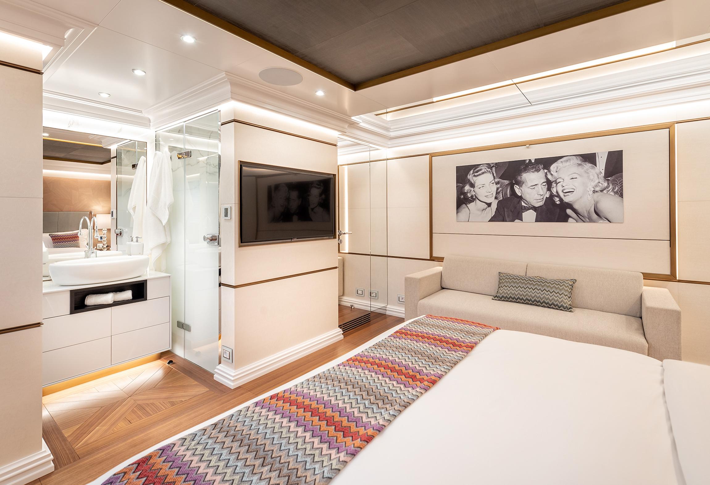 Bedroom onboard Fifty Five motor yacht