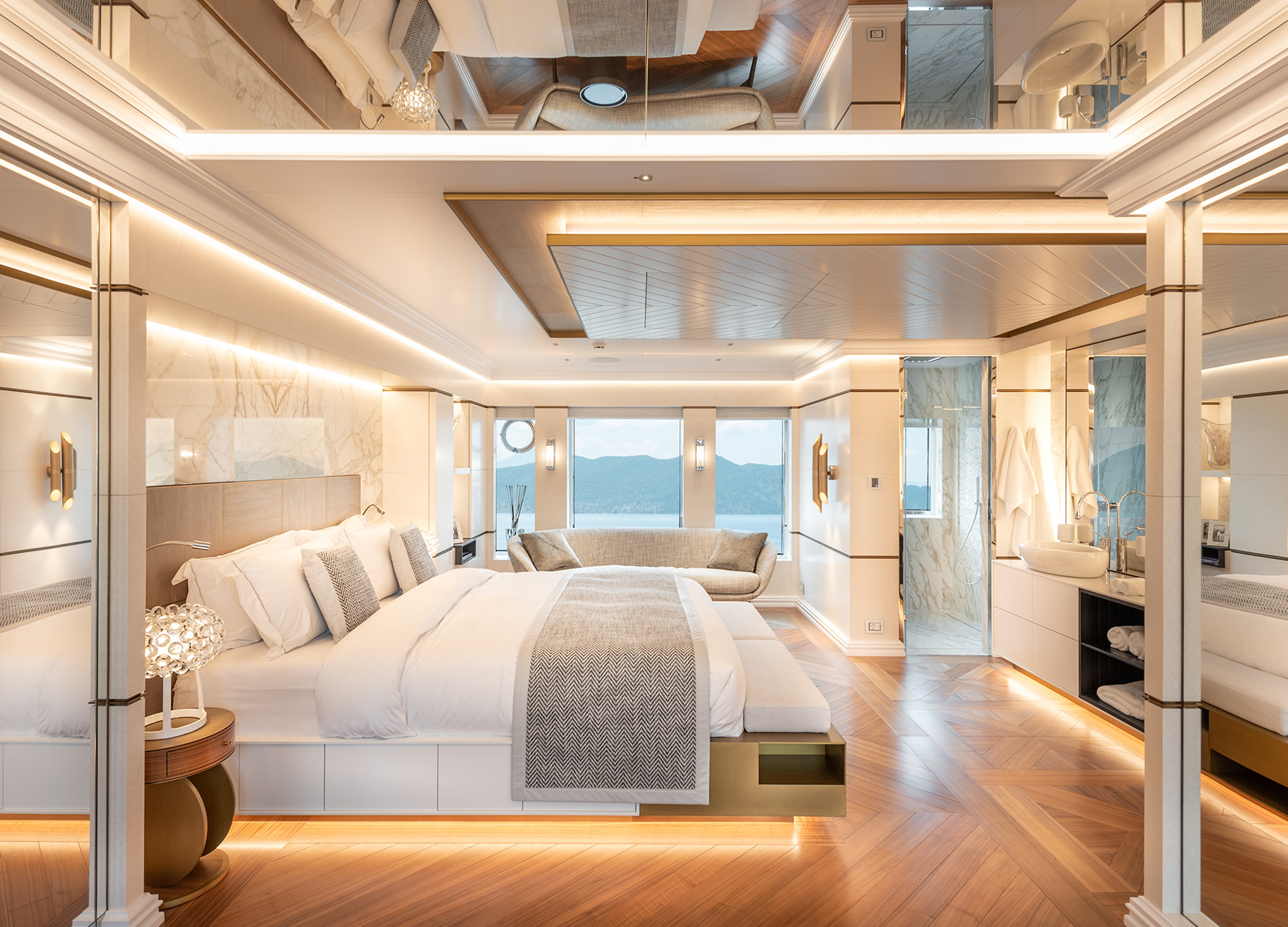 Suite onboard Fifty Five motor yacht