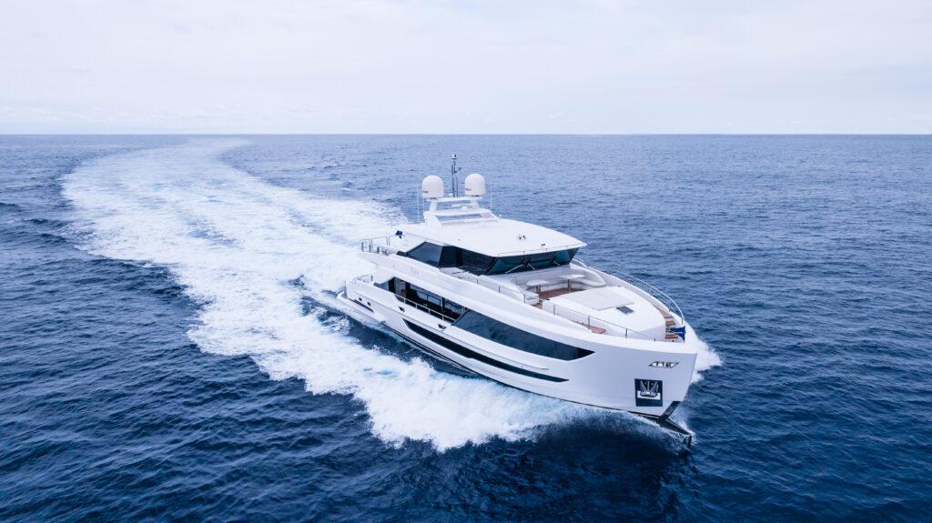 Horizon FD90 cruising