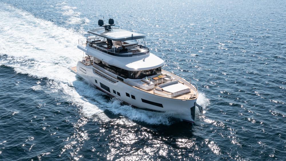 Sirena 68 cruising from above