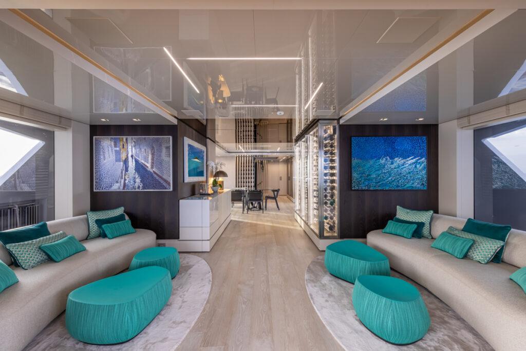 RSY 38m EXP M/Y EMOCEAN main deck lounge
